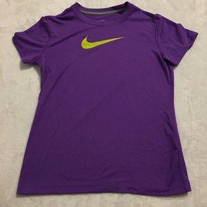 Nike Dri-Fit Tee 🌎
